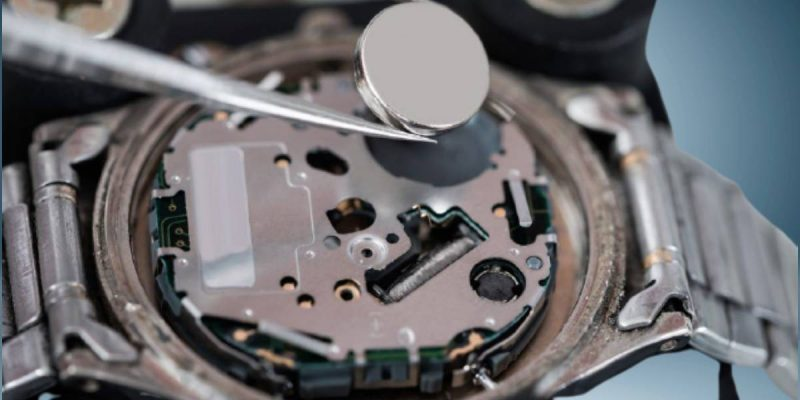How to replace the Seiko watch battery